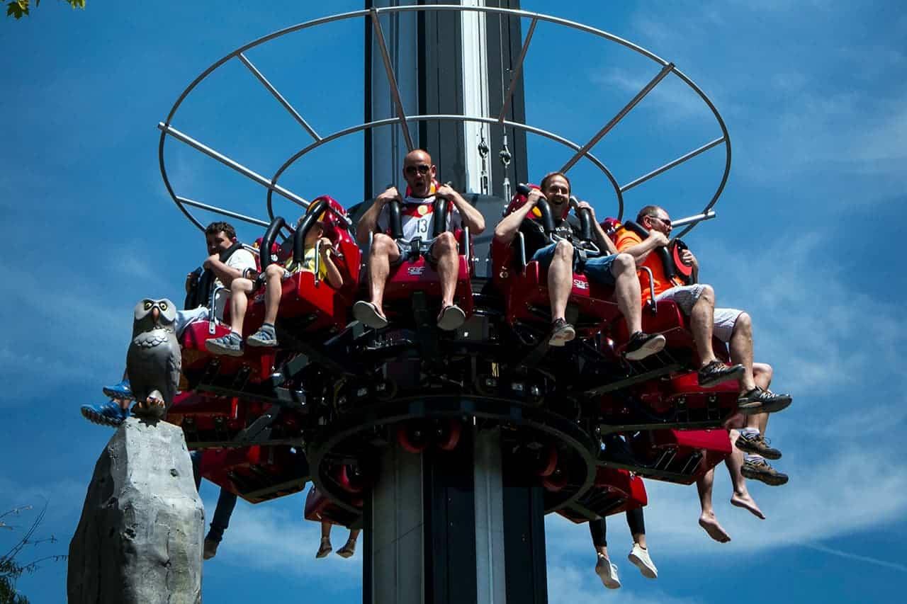 ritterschlag-freifallturm-erlebnispark
