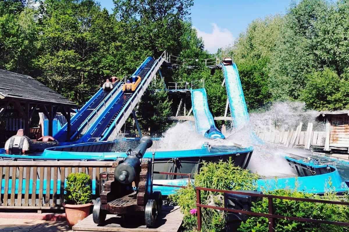 Wildwasserbahn-Freizeitpark-04